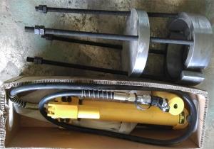 新设备磨辊轴承拆卸工具