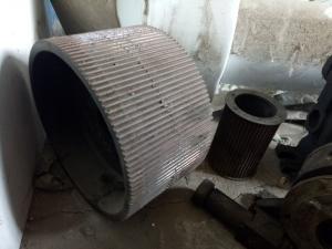 天津理化院面粉机皮磨速比轮2套出售